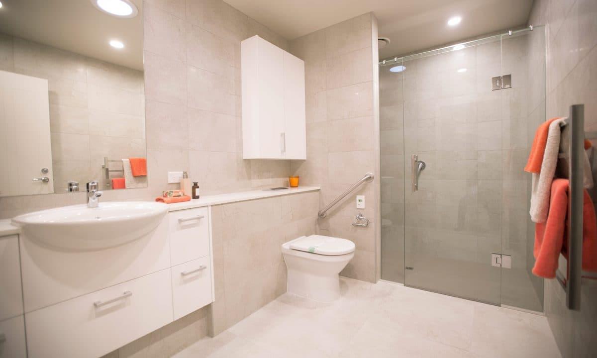 G52 Three Bedroom Townhouse Bathroom